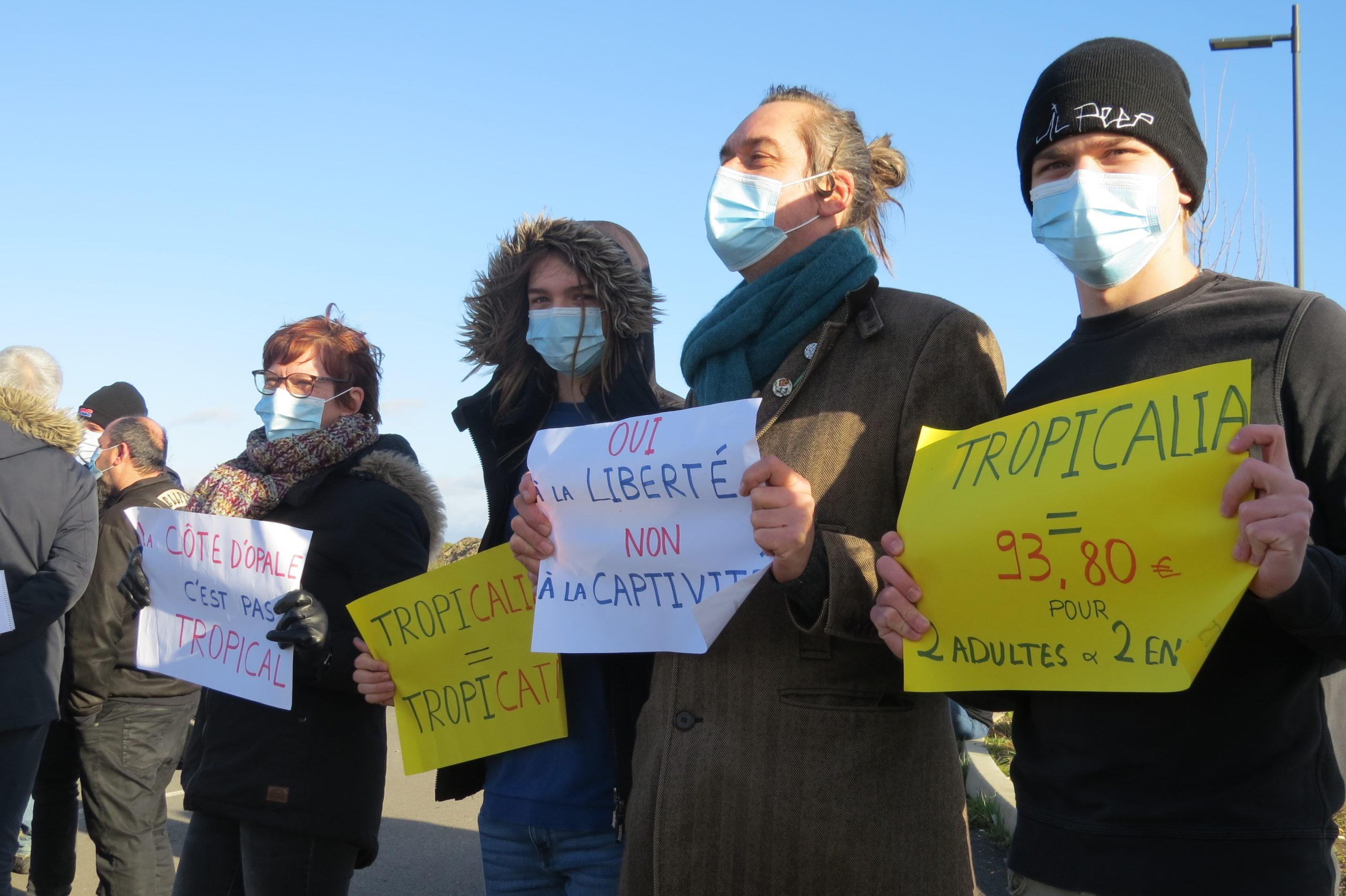 Une manifestation contre le projet Tropicalia de serre tropicale géante